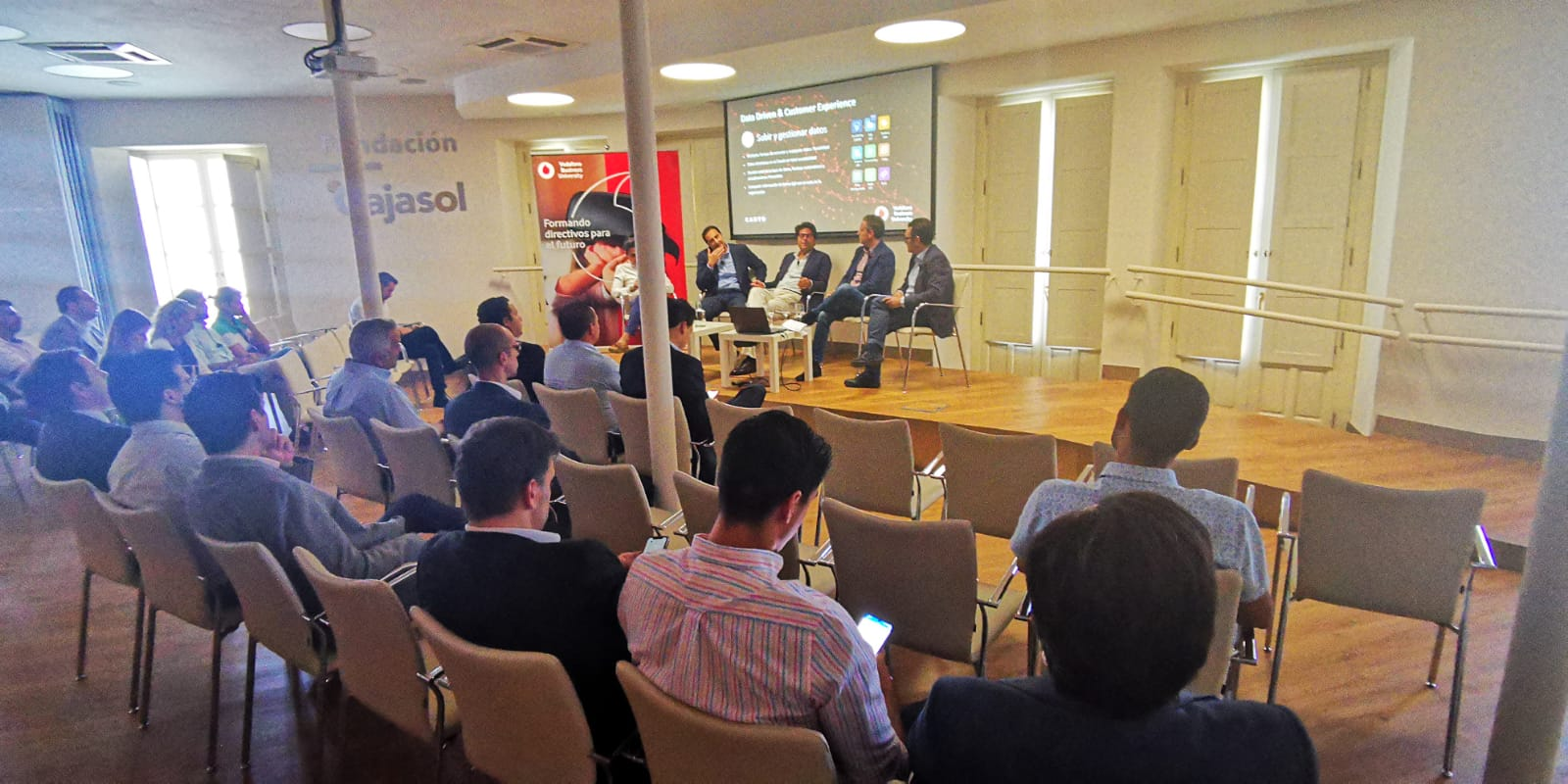 "Vodafone Business University Sevilla ""Data Driven & Customer Experience"""
